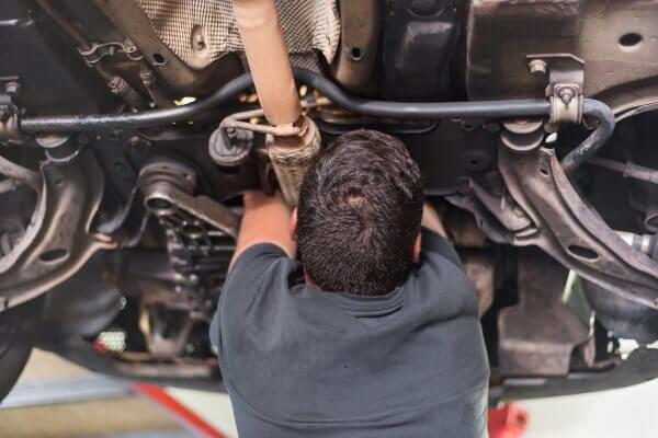 muffler repair mechanic technician Sioux Falls SD