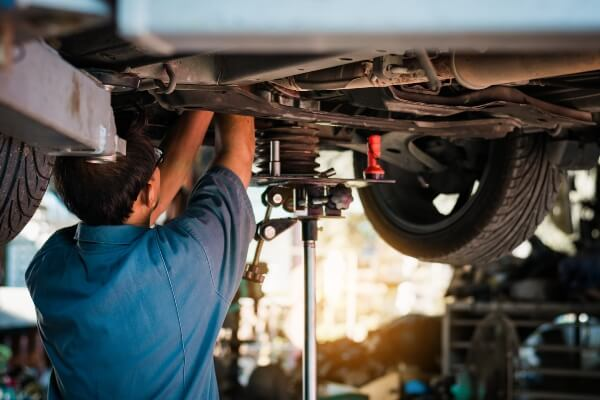 coil springs shock absorbers sway bar mechanic Sioux Falls