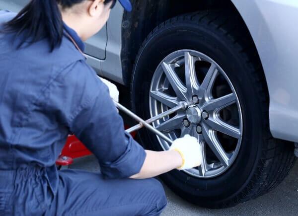 car van truck tire tread wear tear mechanic shop Sioux Falls SD South Dakota